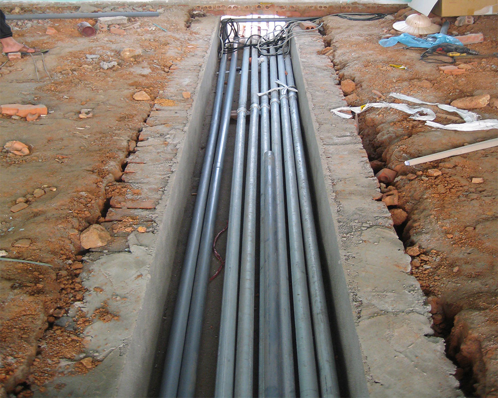 Hệ thống ống dẫn xăng dầu